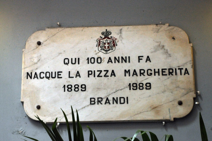 Napoli, Brandi Best pizza in the world.