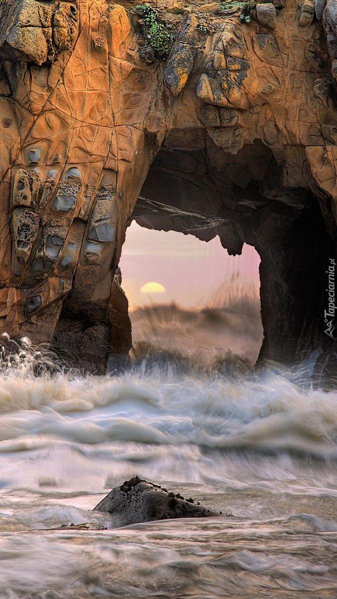 Edycja Tapety: Skalne wrota do morza