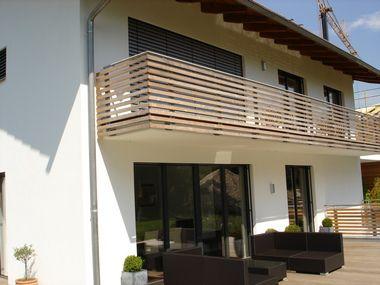 balkon ideen blumenkasten gelander haus design ideen