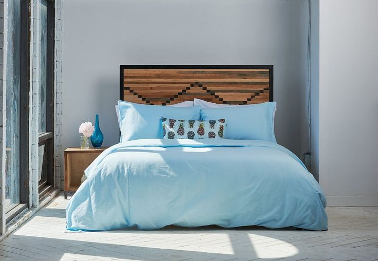 Rest easy knowing this light blue bedface duvet cover will protect your comforter and keep you feeling cozy in bed. Built-to-last, our duvet covers feature reinforced stitching and quality hidden snap closures.