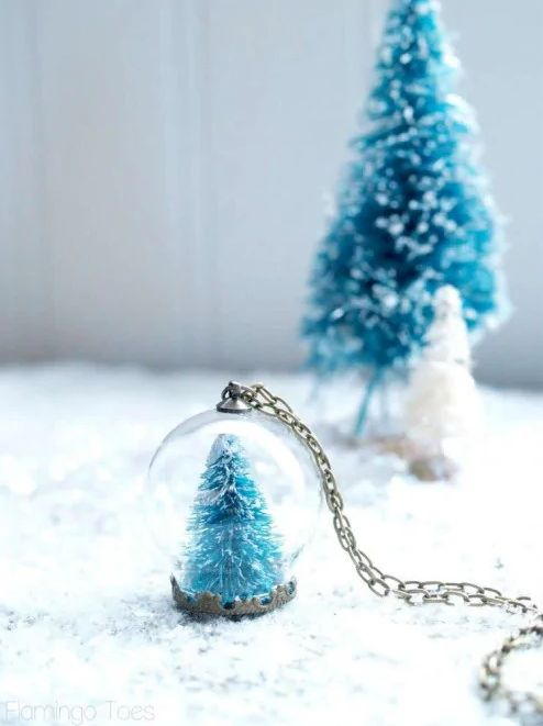 Wear your love of winter around your neck