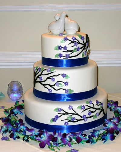 Wedding cake with branch and bird theme (seen at a friend's wedding)