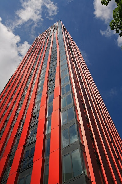 The Red Apple, #Rotterdam, #Holland, #arquitectura #architecture #highrise  #klussen
