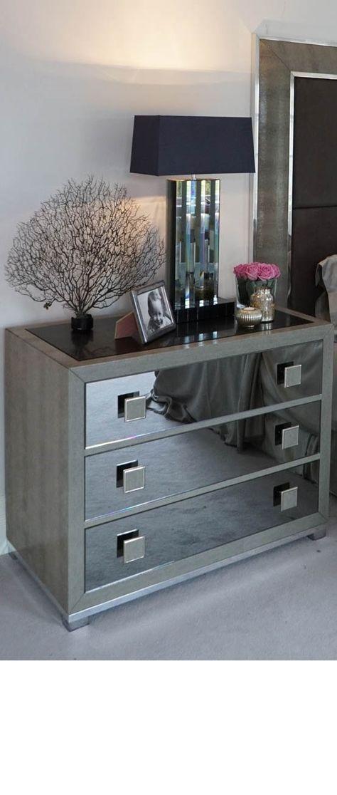 Luxury Nighstand | www.bocadolobo.com #bocadolobo #luxuryfurniture #exclusivedesign #interiodesign #designideas #nightstandsideas #nightstand #masterbedroom #bedroom #homedecor