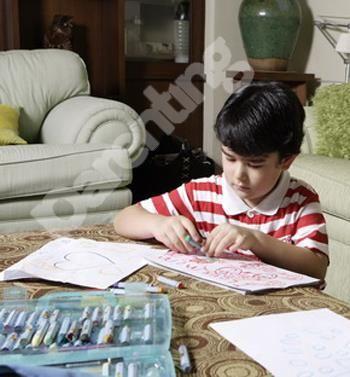Parenting.co.id: Yuk, Kenali Jenis Alat Mewarnai