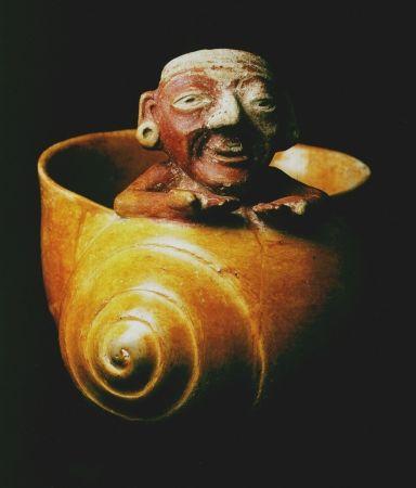 Art Maya - Vase funéraire en terre, en forme d'escargot symbolisant la renaissance http://jpdubs.hautetfort.com/archive/2012/05/06/art-precolombien.html