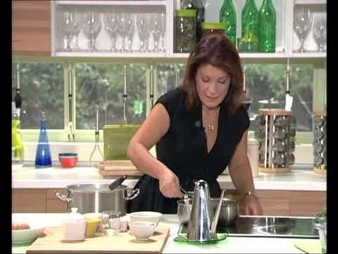 Τρεμουλιαστό παστίτσιο με εύκολη μπεσαμέλ