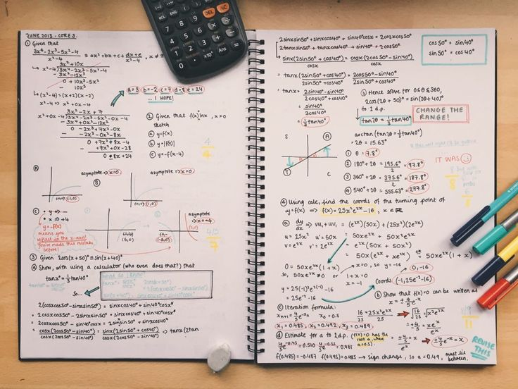 Perfect handwriting and color coding | 13 Pretty Pictures Of Class Notes That Will Inspire You To Actually Study For Your Finals