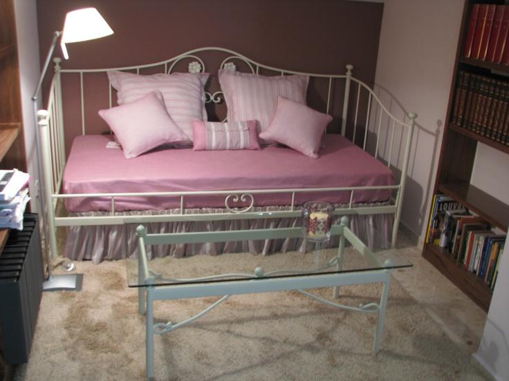 59 mejores im genes sobre cama divan en pinterest chic - Habitaciones de forja ...