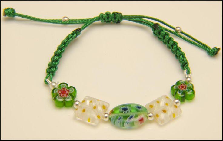 Pulsera verde de plata y cristales de murano