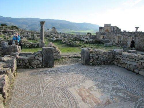 Roman ruins of Volubilis in Morocco - Trevor's Travels