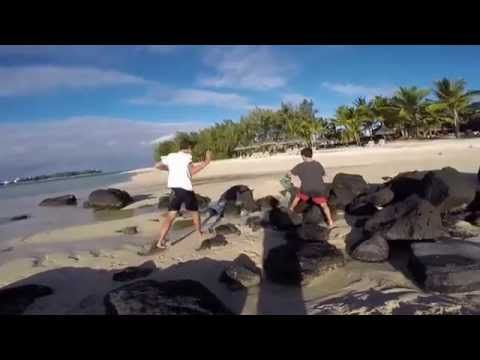 This family movie clip will make you wish you were in Mauritius! Beachcomber Shandrani is paradise!