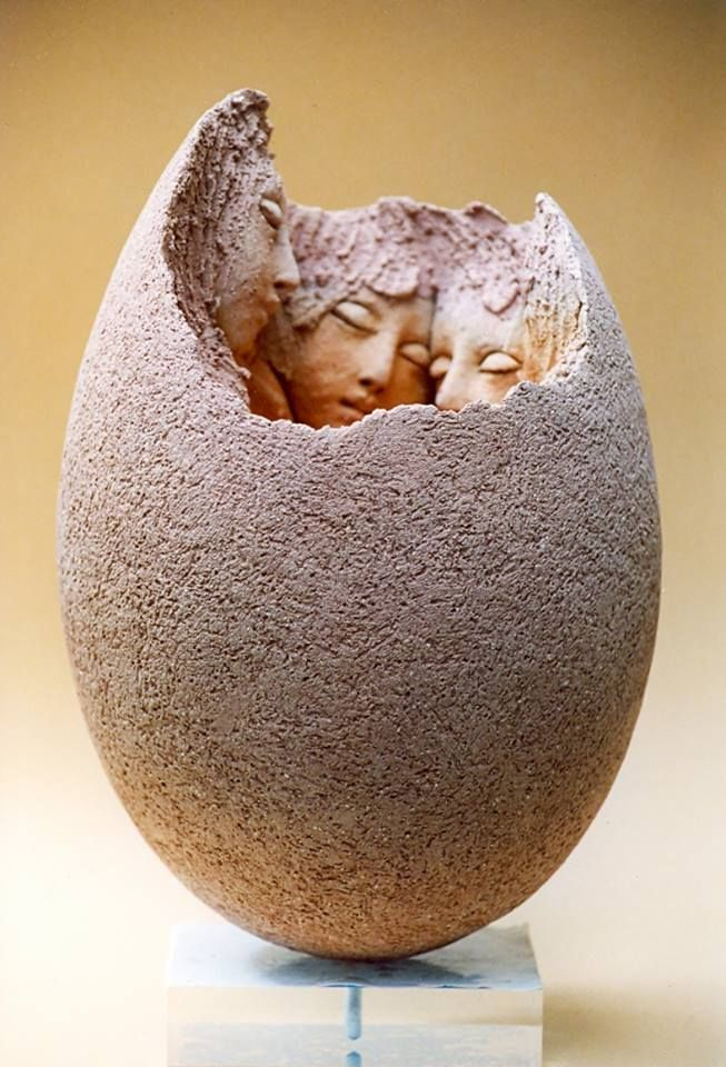 Love this beautiful, tender representation of youth. Georges Saulterre Sculpture - Art People Gallery
