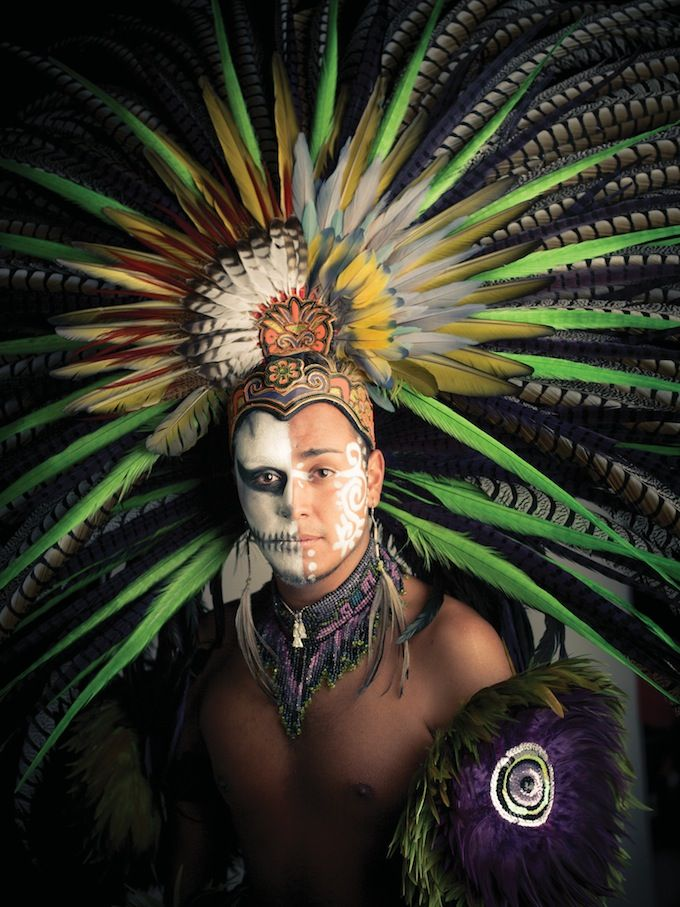 Aztec Warrior - I like how this portrays the living and the dead
