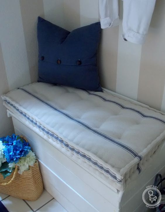 Step by step instructions for French mattress seat cushion