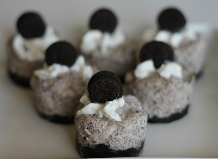 ... what I'm bringing: Oreo Cookies N Cream No Bake Mini Cheesecake Recipe