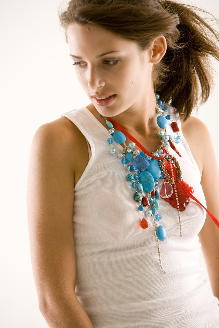 add a little bit of turquoise to your day. www.lyndaholt.com.au