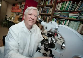 SFU alumni Rolf Mathewes has had a distinguished academic career as a professor, mentor, teacher and scientific researcher.