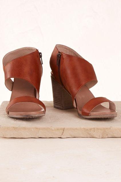 EOS Stari Leather Heel - Womens Heels - Birdsnest Online Clothing Store