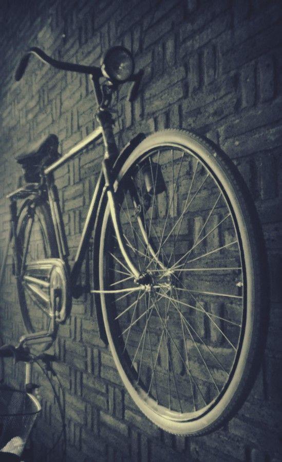 Mohon LIKE nya di Zentalk >>> http://www.asus.com/zentalk/thread-86874-1-1.html Terima Kasih
