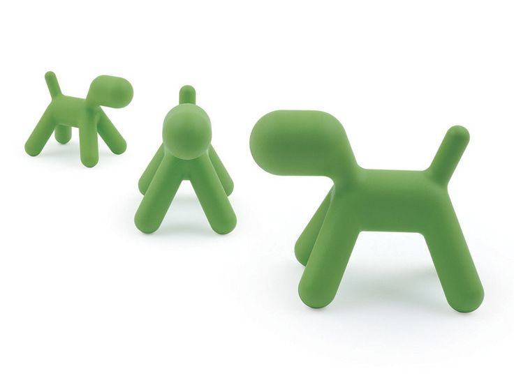Puppy is an abstract plastic dog in polyethylene and appeals to children and adults alike.