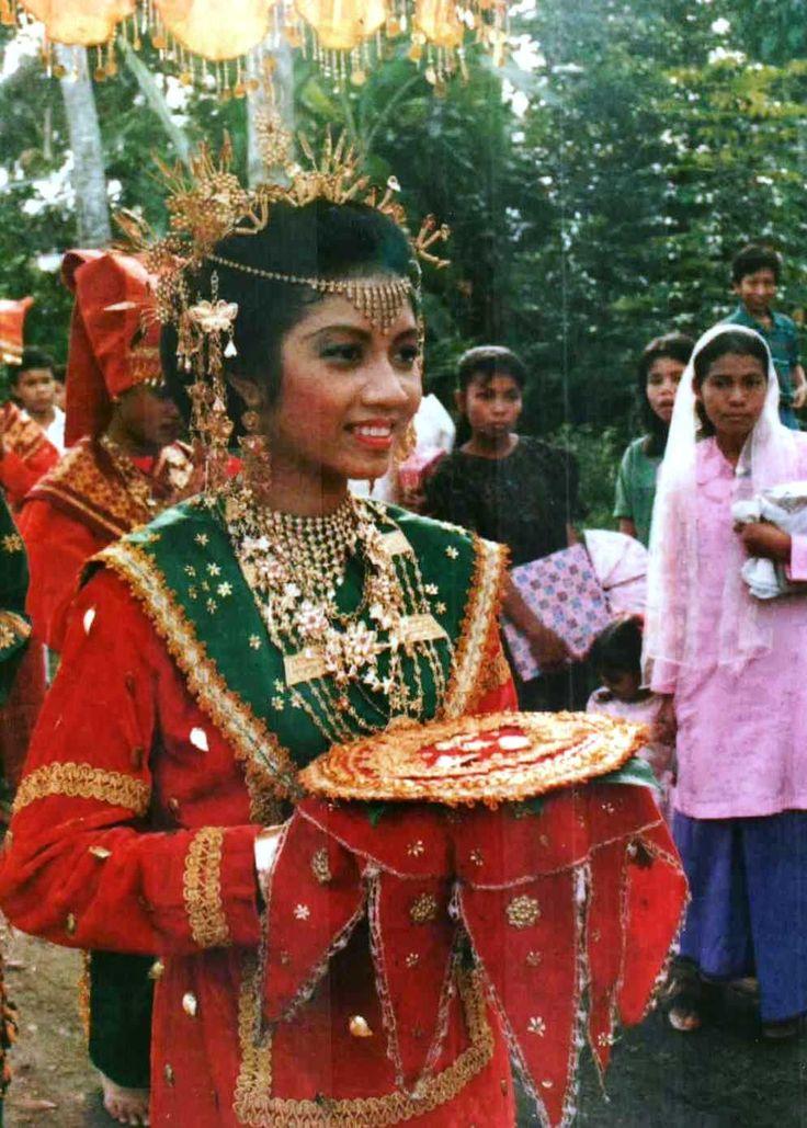 Celebration . Sumatra Barat, Indonesia.