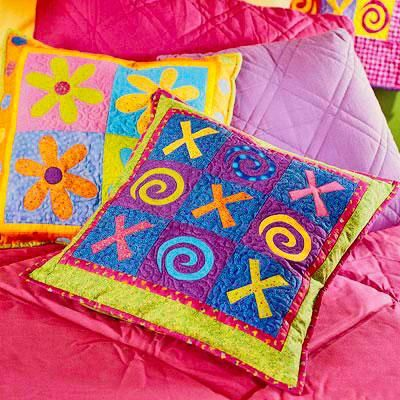 Quilt Patterns Pillowcases : Sew handmade pillows, pillowcases, and pillow shams to match any decor--no matter how often you ...