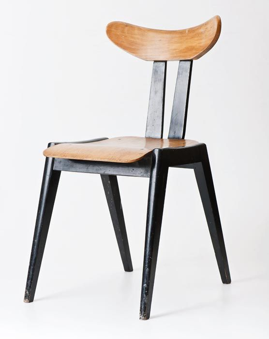 """Marian Sigmund, """"A587"""" chair, produced by the Bifameg Bielsko Bent Furniture Factory in Jasienica, 1958, collections of the National Museum in Warsaw, photo: Michał Korta"""
