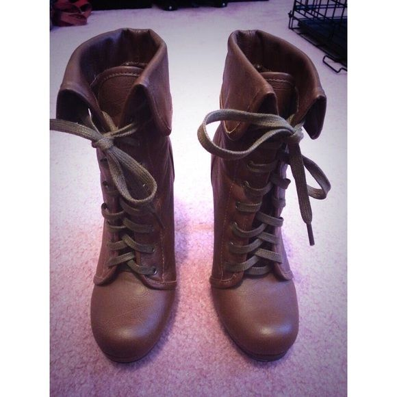 Spotted while shopping on Poshmark: Steve Madden Boots! #poshmark #fashion #shopping #style #Steve Madden #Shoes
