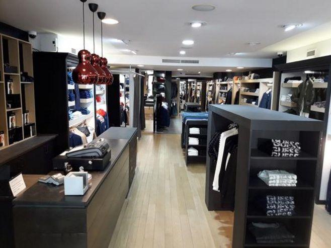 Sos Fashion Oostende -Merk Kledij voor Heren en damesmode - sosfashion