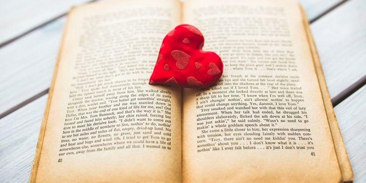 5 cărți care te fac să te îndrăgostești de lectură