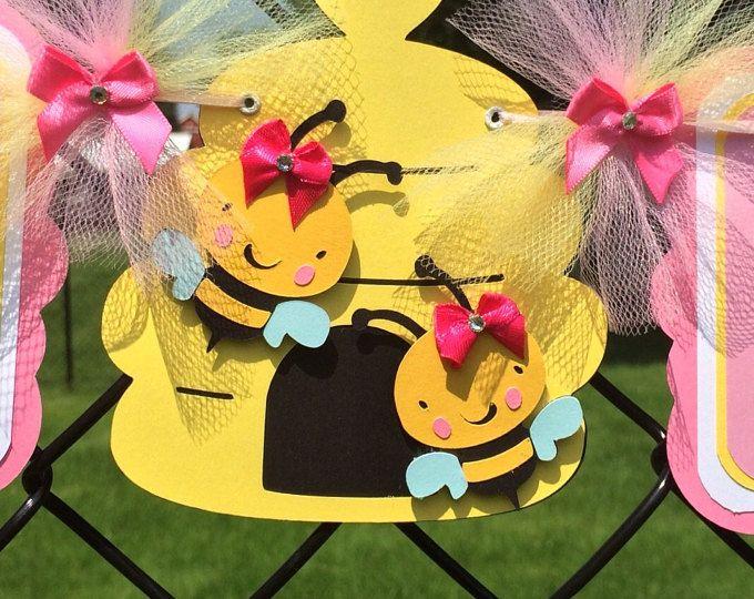 abeille bébé douche bannière, bannière de l'abeille, c'est une bannière de fille, bannière fille abeille, décor rose et jaune, décorations abeille, shower de bébé abeille, accessoires photo