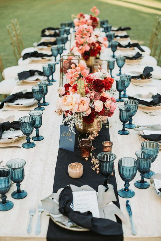 25 wedding table settings that are dressed to impress ,  Julia Detering