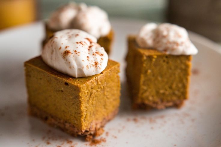 Paleo Pumpkin Pie Bites | The Paleo Fix