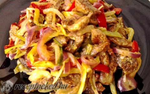Zöldséges, mustáros sertésragu recept fotóval
