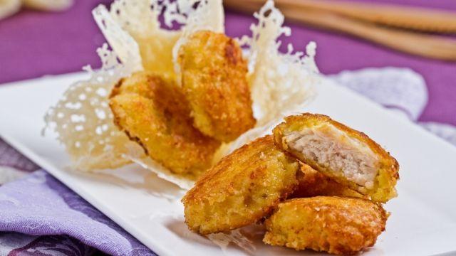 Bocconcini di pollo in crosta di parmigiano