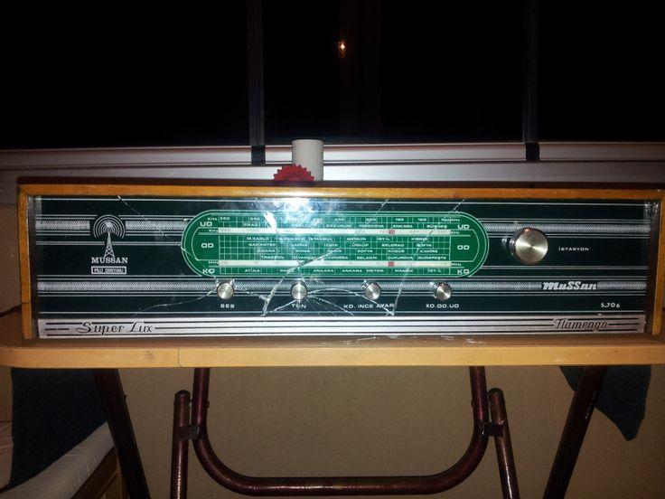 Yapılan işlemler:  Kırık cam panel tamiri Radyo kanalları Ahşap tamiri
