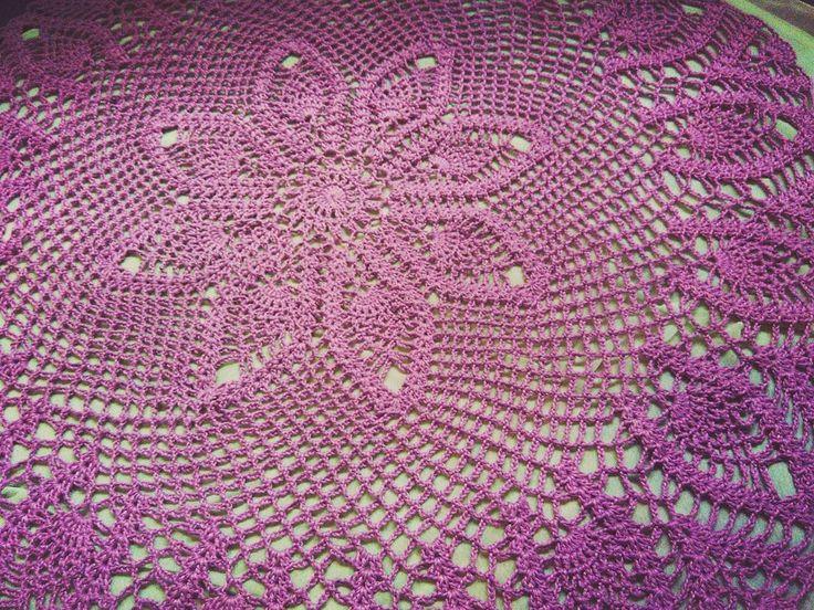 Kembali ke #tablecloth  Ini udah ketujuh bikin taplak meja bulat. Suka sih cuma memang gak bisa cepet kelar mesti dobel sabarnya kalo nemu ada yang salah   #crochet #crochetaddict #crochetlover #crochetersofinstagram #pineapplelace #pineapple #handmade #madebyorder #wip #crocheting #purplelover by nikeandaru