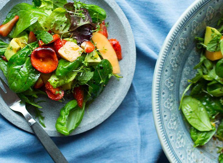 Jordbær, melom og avokado salat
