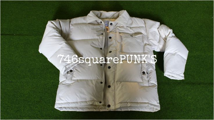 FOR SALE!      WRANGLER Jacket.     Price : Rp. 300.000,-     Condition : ORIGINAL, 98% Second Hand.     Size : L fit to M.      Follow     · Twitter : @746squarepunk_S     · IG : @746squarepunks      Orders :     · Phone : +62856 11 746 13 ( Message Only. )     · Line : 746squarepunks_INA     · E_mail : 746squarepunksstore@gmail.com