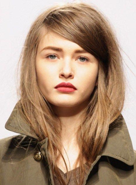 Стрижка для пушистых волос - http://popricheskam.ru/64-strizhka-dlja-pushistyh-volos.html. #прически #стрижки #тренды2017 #мода #волосы