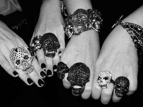 skulls skulls skulls: Skull Obsession, Clothing, Bones, Jewelry, Skull Art, Skull Rings, Accessories, Day, Bling Bling