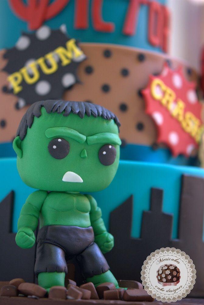 tarta, marvel, avengers, comic, Hulk, Spiderman, Capitán America, Mericakes, barcelona, fondant, cake designer, tartas barcelona, tartas decoradas, tartas fondant, El increíble Hulk, polka dots, bocadillo, Funko pops, Original Funko