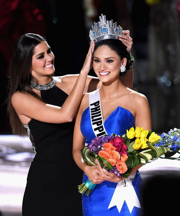 Paulina Vega of Colombia, Miss Universe 2014 crowns Pia Alonzo Wurtzbach of the Philippines