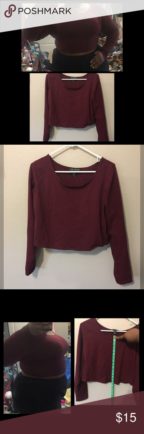 Forever21 crop top size 3x Purchased from forever21 burgundy red the top is lightweight but can be warm on fall days it stretches pretty nice its fits me im 42C cup and five foot eight size 2/3 in torrid its long sleeve worn twice comes from pet friendly smoke free home Forever 21 Tops Crop Tops