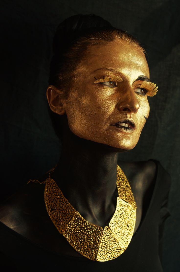 Avatar Make-up & hair: Alexandra Baietan Photography: Andreea Popa Model: Oana Iorgulescu https://www.facebook.com/oana.iorgulescu