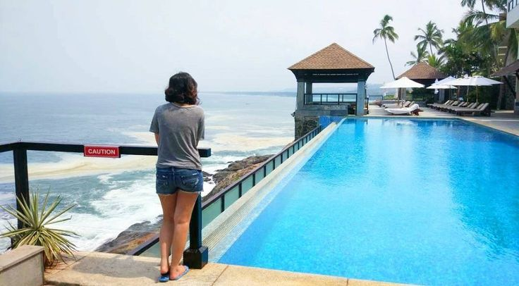 Admiring the beauty of the place. Seriously cnt enough of this. #infinity #instapic #instatravels #instagood #instalove #love #travel #instalove #leelakovalam #theleelapalace #birthday #lazy #vacation #bluesea #clearsky #wanderlust #vacation #kovalam #trivandrum #kerela #godsowncountry http://tipsrazzi.com/ipost/1504926680865744638/?code=BTiktfCAqb-