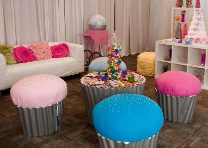 diy hello kitty cupcake stand | Cupcakecarrier Summary
