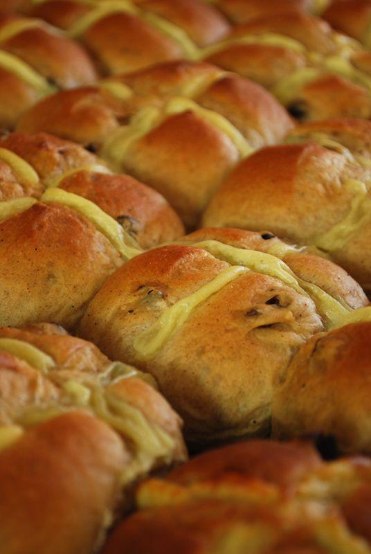 hot cross buns - a bread a day