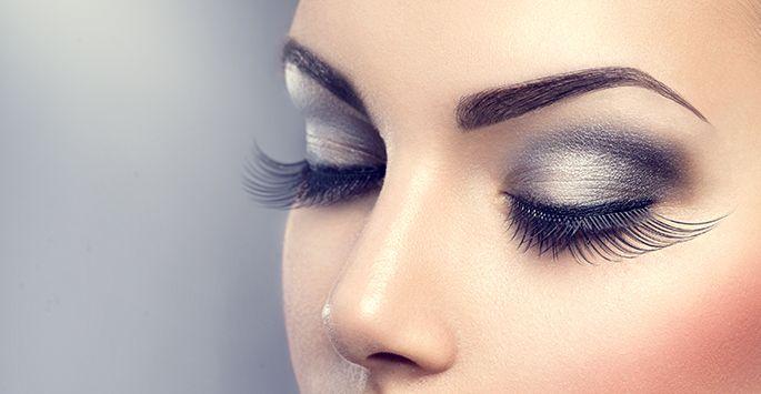 Get Longer Eyelashes Naturally at Home